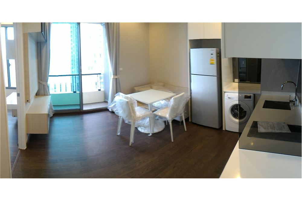 RE/MAX Properties Agency's Condo One X Sukhumvit 26 1BED 35SQM. 5