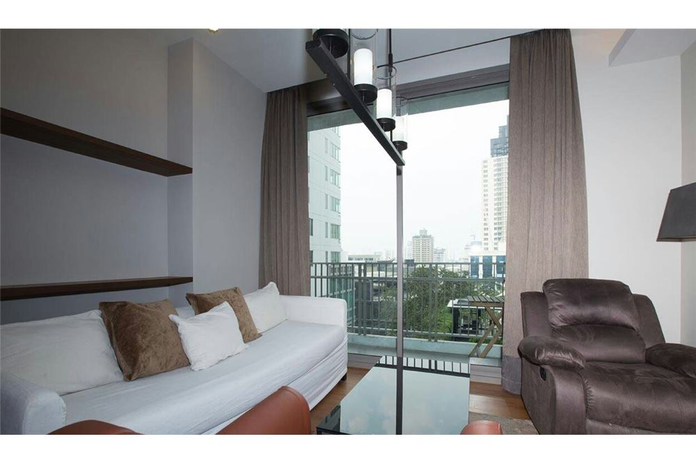 RE/MAX Executive Homes Agency's Beautiful 2 Bedroom for Rent Quattro Thonglor 1