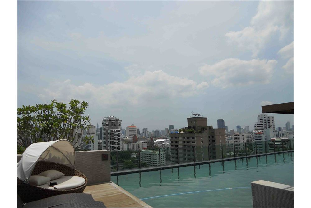 RE/MAX Executive Homes Agency's Stunning 1 Bedroom for Rent Eight Thonglor 5