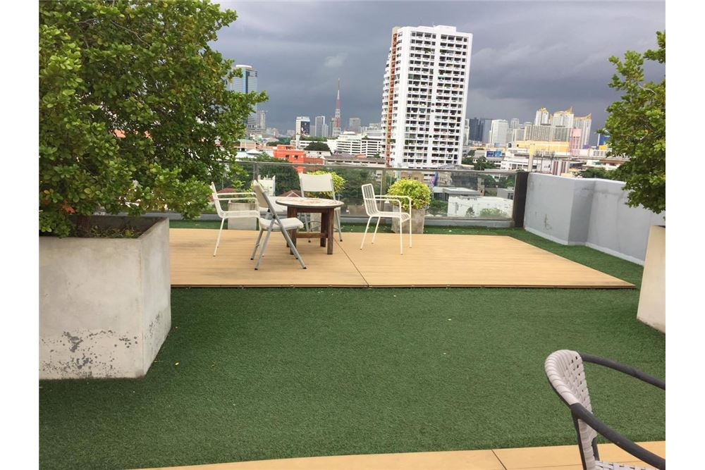 RE/MAX Executive Homes Agency's Condo for rent near BTS Thong Lo 180 sqm 9