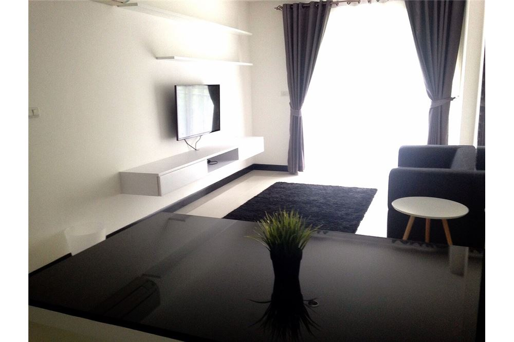 RE/MAX Properties Agency's Voque Sukhumvit 16,Condos for sale and rent 10