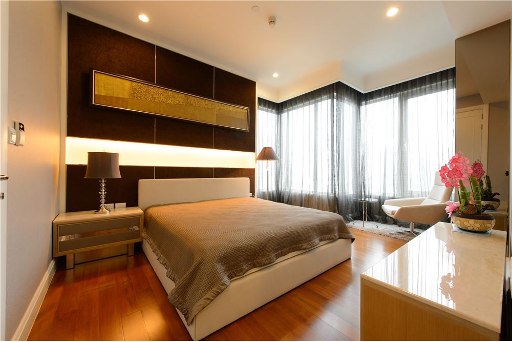 RE/MAX Executive Homes Agency's Beautiful 2 Bedroom for Rent Q Langsuan 3
