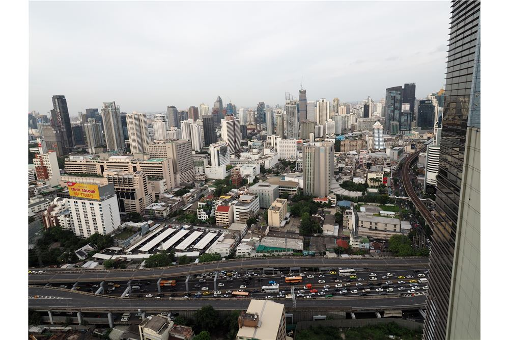 RE/MAX Properties Agency's RENT Noble Ploenchit 2BED 117.67SQM. 5