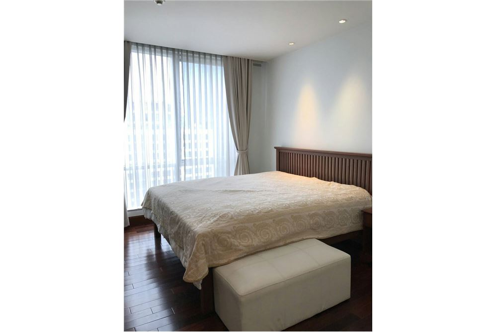 RE/MAX Executive Homes Agency's Nice 2 Bedroom for Rent Sky Villas Sathorn 3