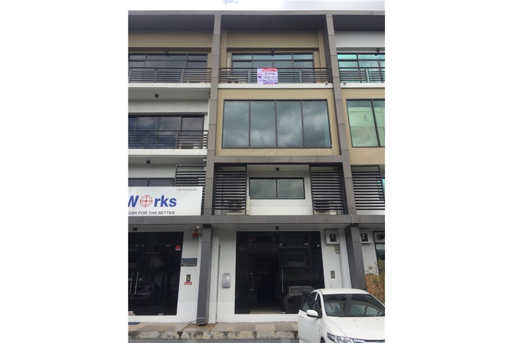 RE/MAX Executive Homes Agency's Office for rent near Suvarnabhumi Airport,H - Cape 2