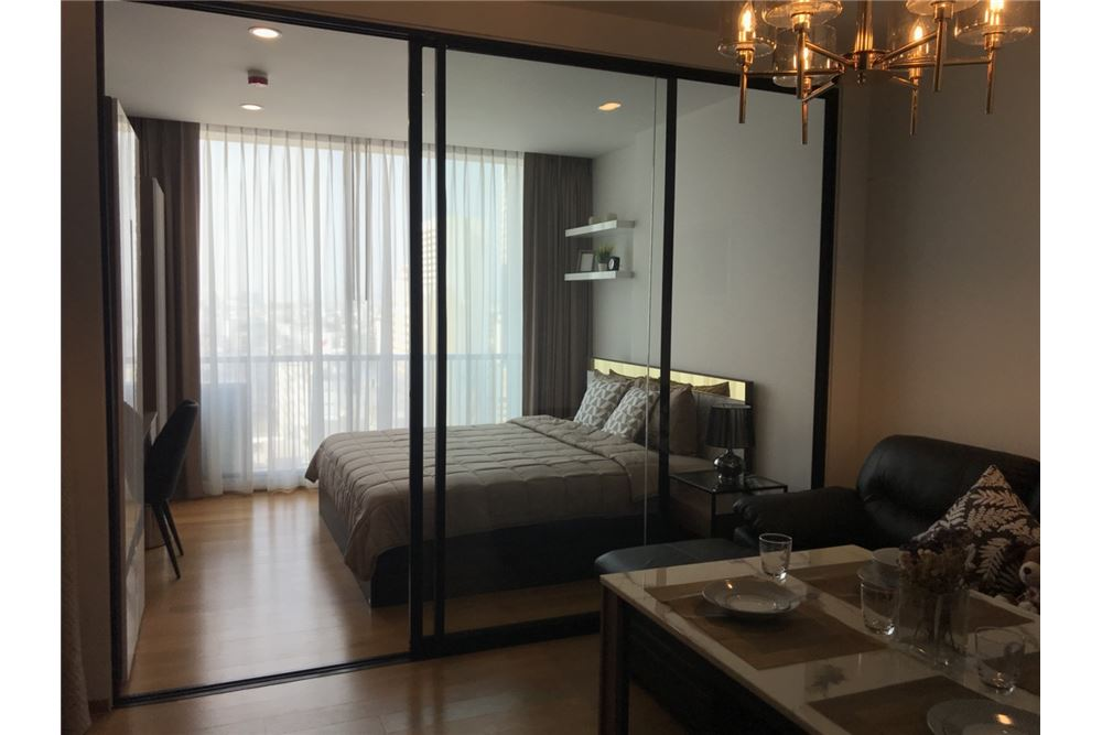 RE/MAX Executive Homes Agency's Nice 1 Bedroom for Rent Noble Revo Silom 1
