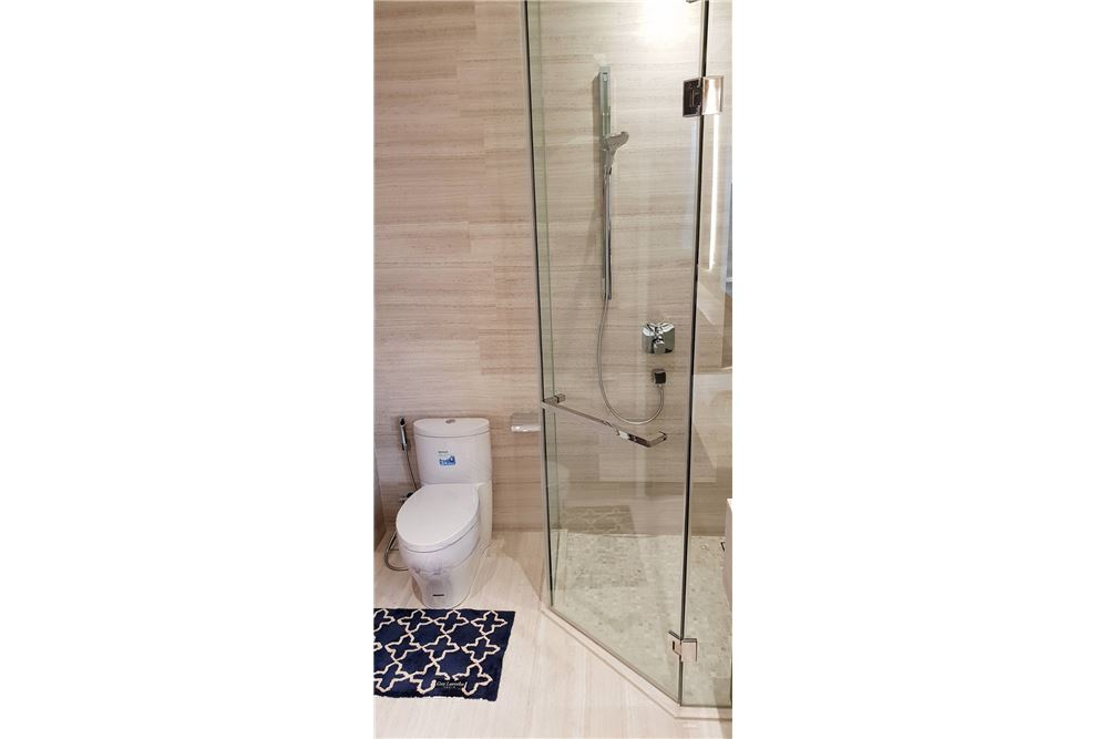 RE/MAX Executive Homes Agency's For Rent The Diplomat 39 2Bedroom Fully Furnished, Sukhumvit, BTS Phrom Phong 11
