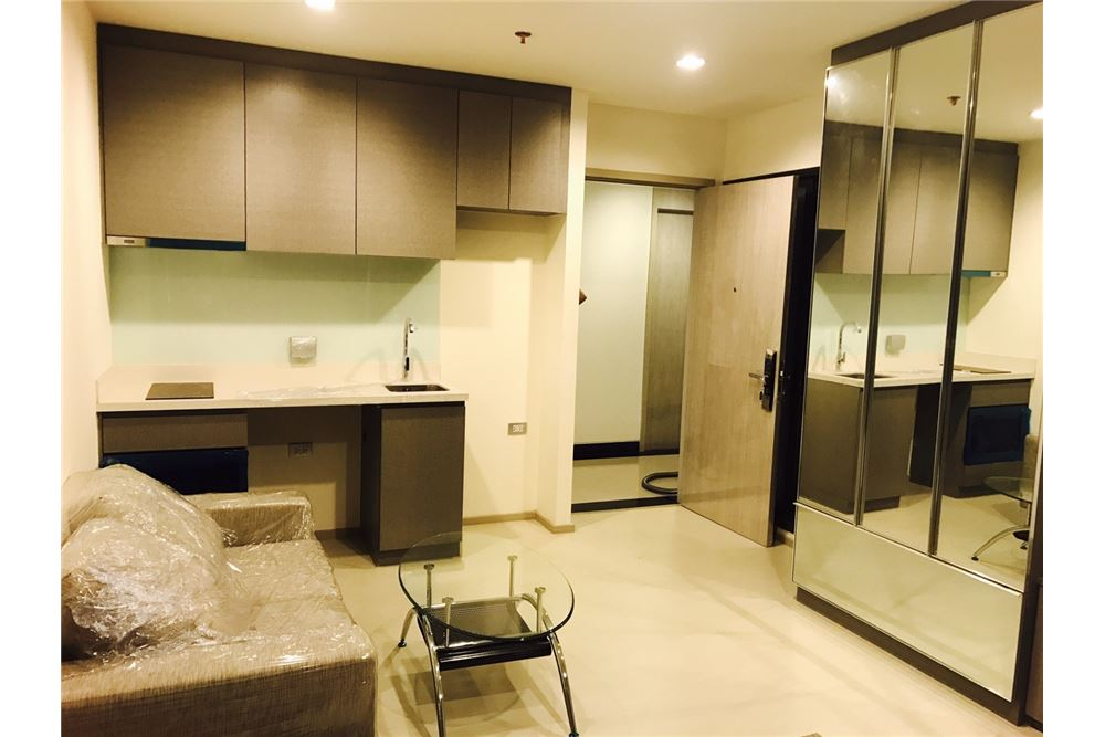 RE/MAX Executive Homes Agency's Rhythm Sukhumvit 36-38 / 1 Bed / for Rent 1