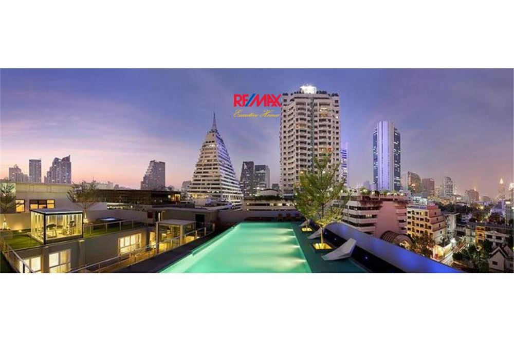 RE/MAX Executive Homes Agency's SPACIOUS 2 BEDROOM FOR SALE QUAD SILOM 6
