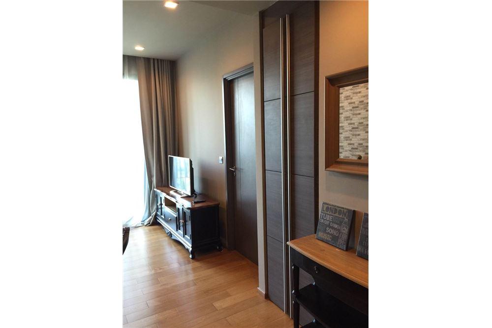 RE/MAX Properties Agency's Keyne 1bed 3