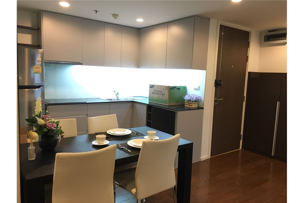 RE/MAX Executive Homes Agency's Nice 2 Bedroom for Sale with Tenant 15 Residences 7