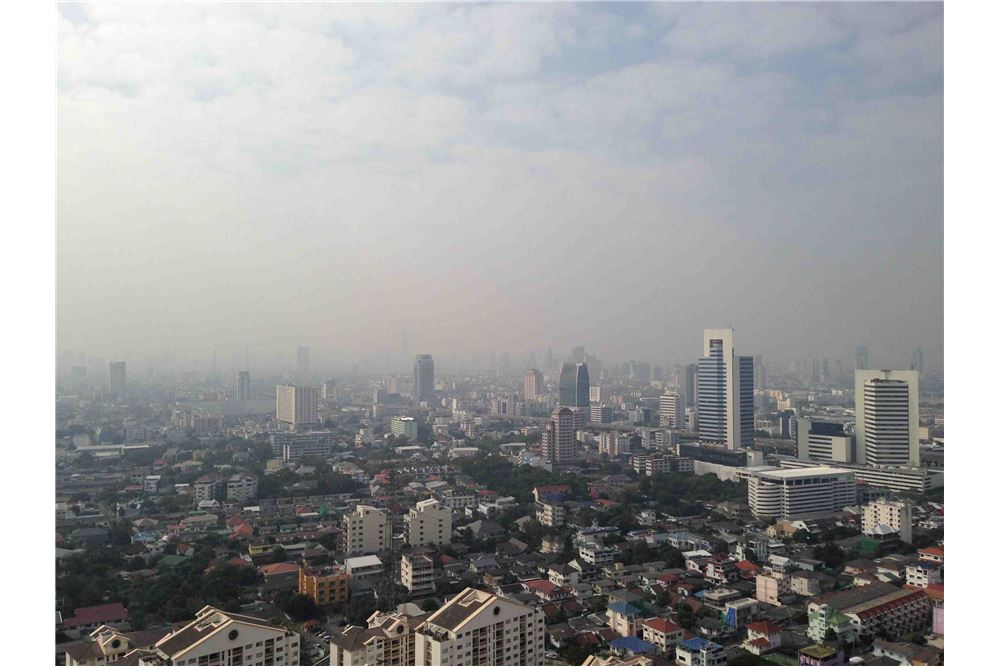 RE/MAX Properties Agency's FOR RENT THE ISSARA LADPRAO STUDIO 34 SQM 9