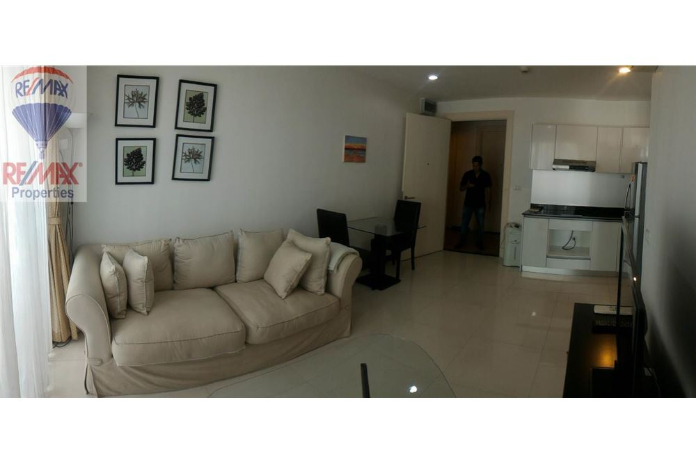 RE/MAX Properties Agency's FOR RENT Voque Sukhumvit 16 1BED 40SQM. 3