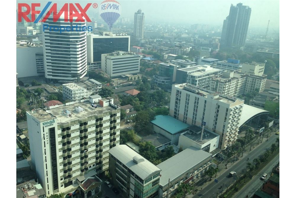 RE/MAX Properties Agency's RENT 1 Bedroom 28 Sq.m at Aspire Rama 4 1