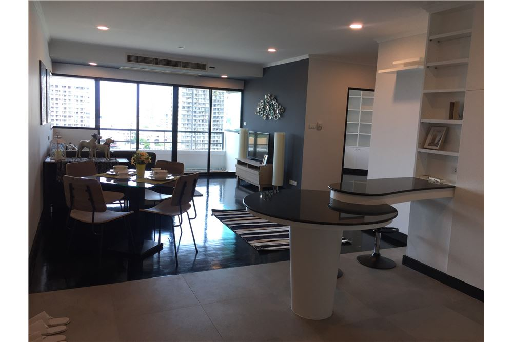 RE/MAX Executive Homes Agency's Spacious 2 Bedroom for Sale Sathorn Garden 1