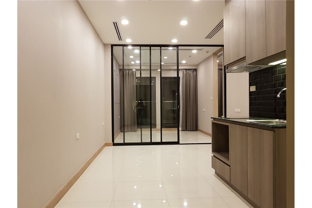 RE/MAX Properties Agency's 1 Bed for rent 55,000 THB 2