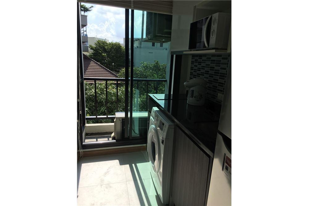 RE/MAX Properties Agency's 1bedroom Bangkok Feliz Sukhumvit 69 5