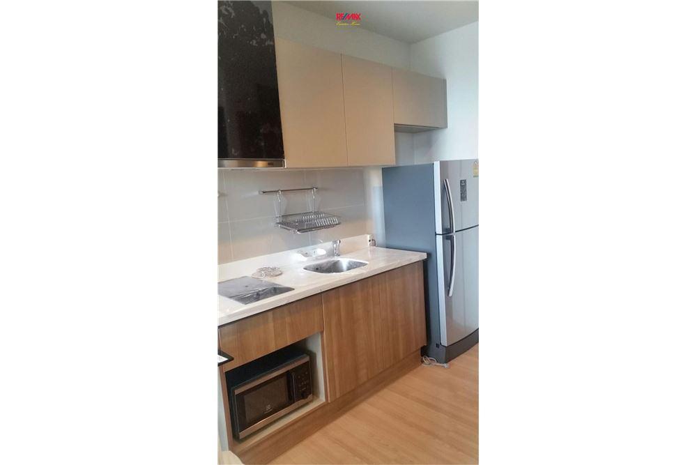 RE/MAX Executive Homes Agency's Condominium for rent - Sathorn 4