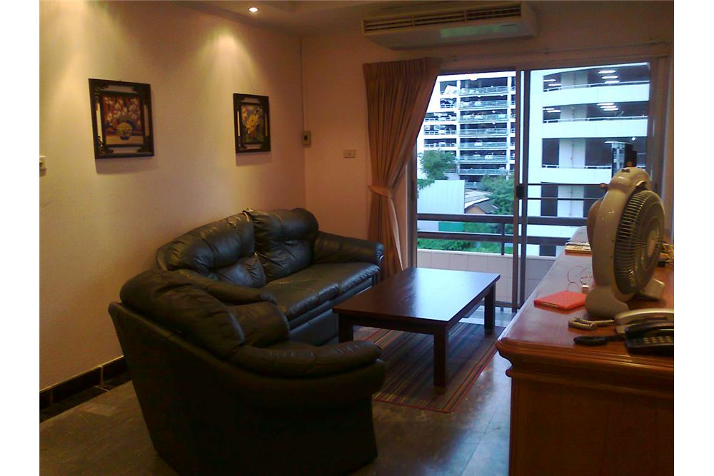 RE/MAX Properties Agency's FOR RENT  PRASANMIT CONDOMINIUM   1BED 70SQM 1