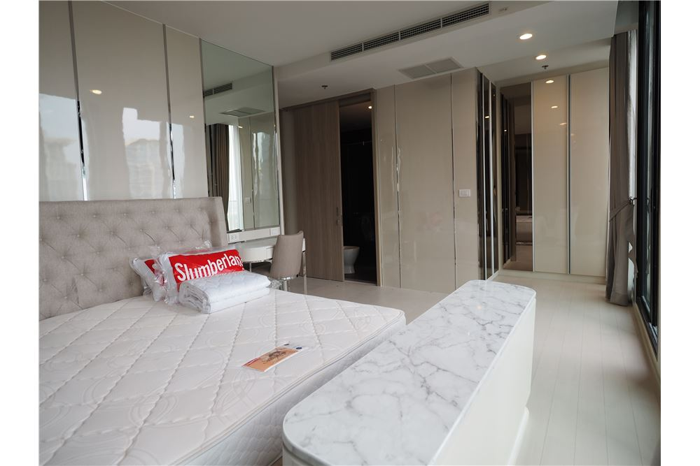 RE/MAX Executive Homes Agency's Spacious 2 Bedroom for Rent Noble Phloenchit 7