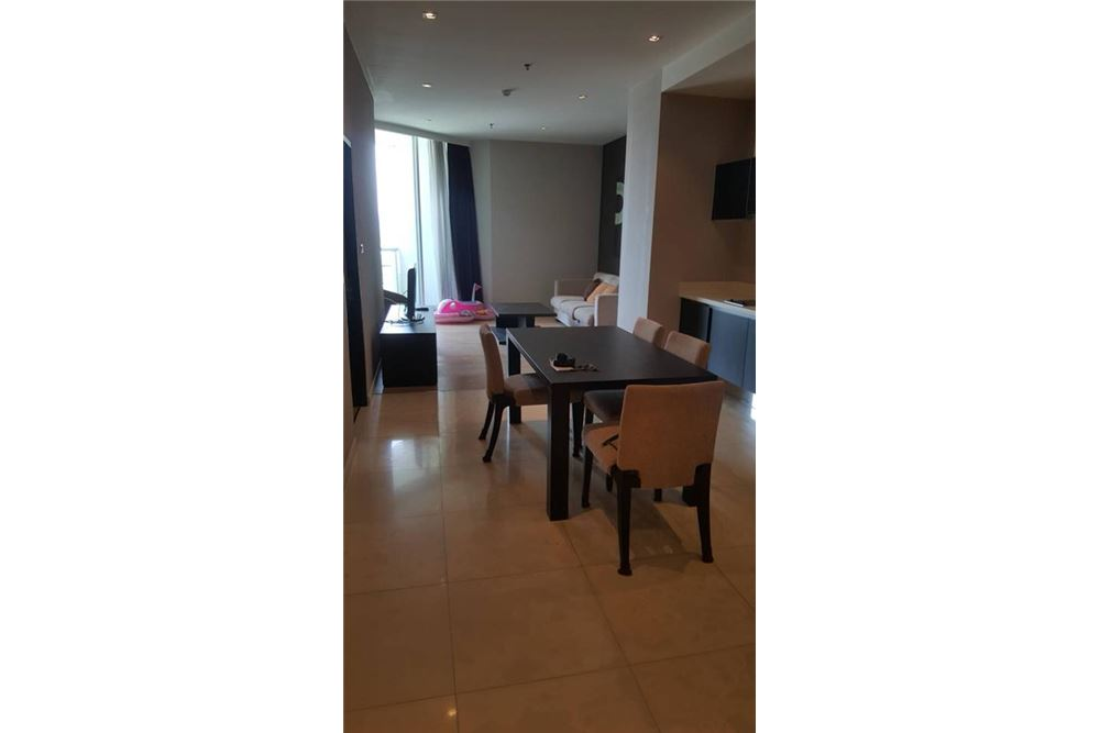 RE/MAX Executive Homes Agency's Spacious 1+1 Bedroom for Rent Eight Thonglor 2