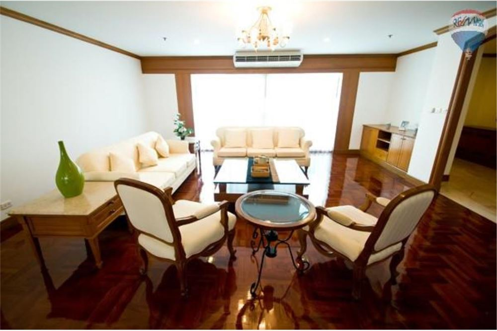 RE/MAX Properties Agency's GM Tower Apartment for Rent, Bangkok 10