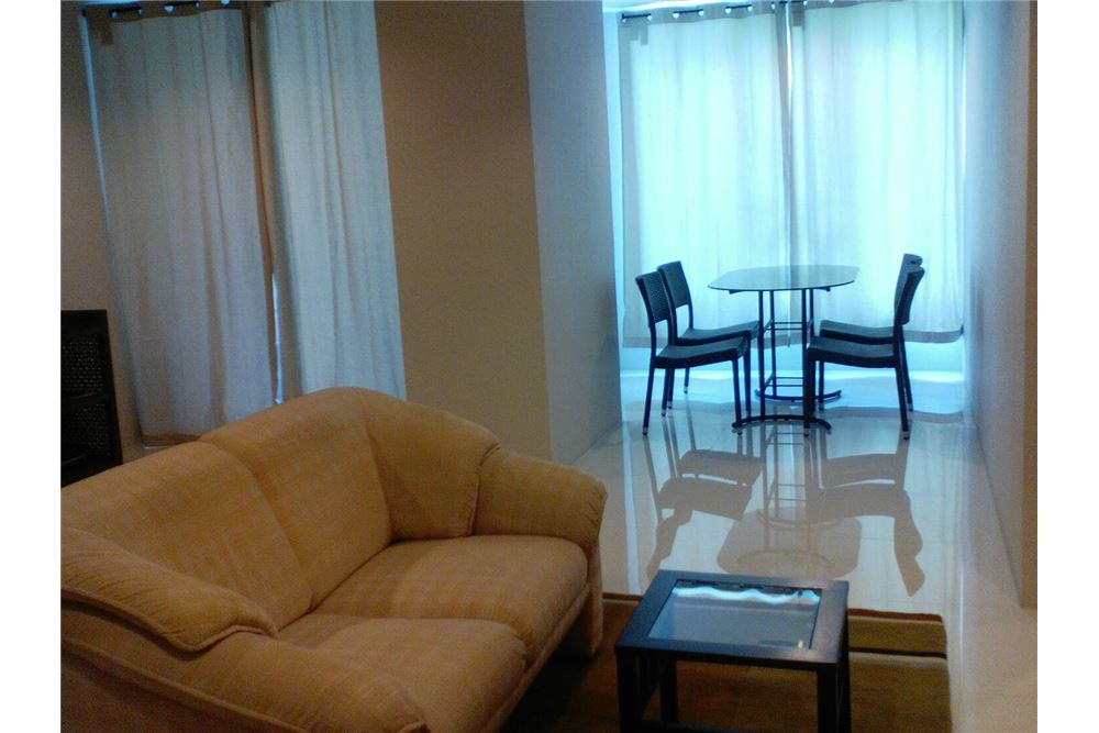 RE/MAX Properties Agency's For RENT 2 BEDROOMs at Sukhumvit Living Town 3
