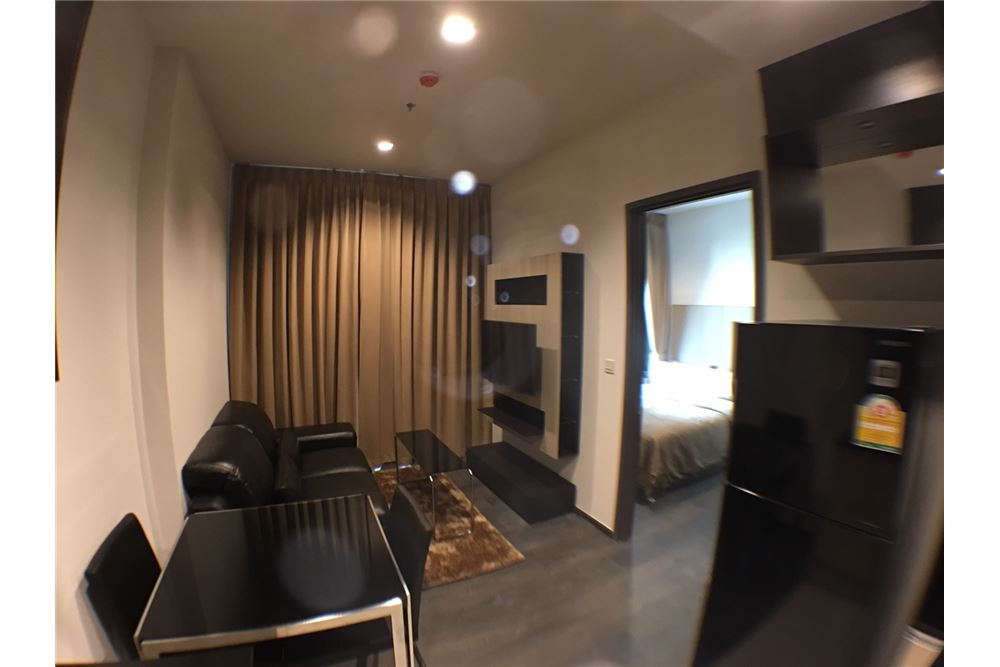 RE/MAX Properties Agency's 1bedroom for rent Edge Sukhumvit 23 1