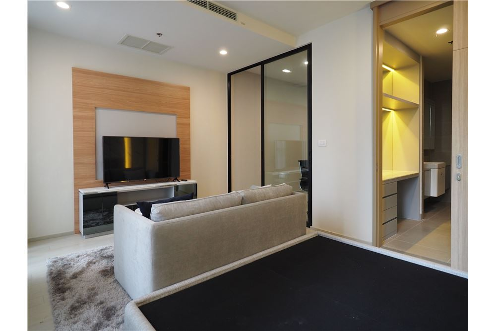 RE/MAX Properties Agency's RENT Noble Ploenchit 1BED 51.73SQM. 3