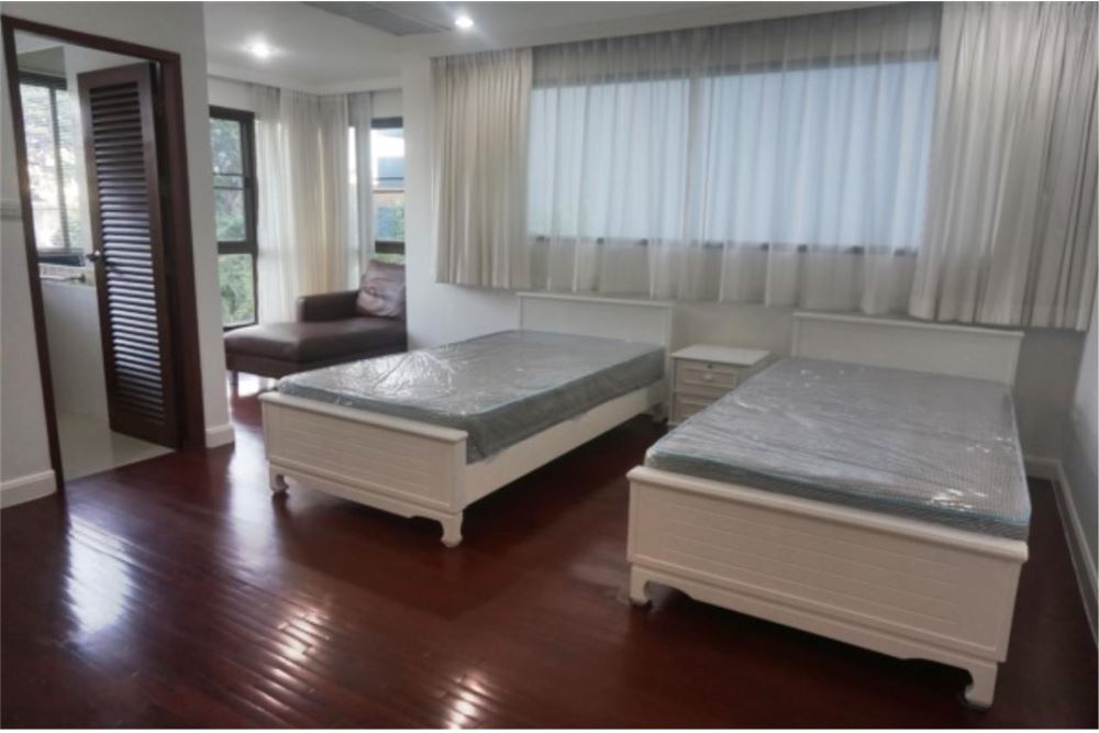 RE/MAX Properties Agency's FOR RENT   P.R.HOME GARDEN  THONGLOR  2BED 220SQM 8