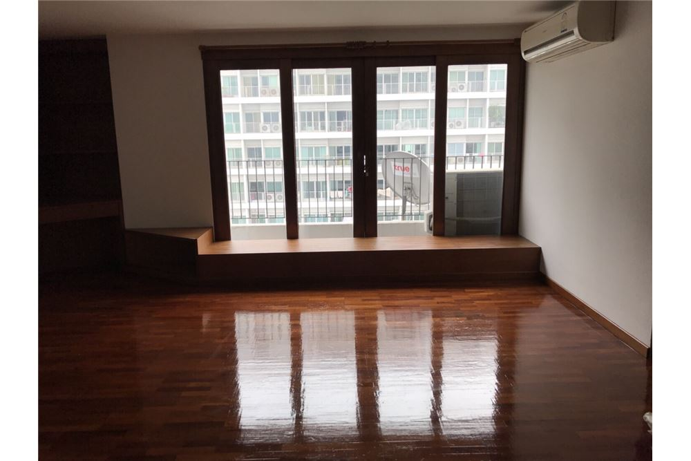RE/MAX Properties Agency's For Sale ICON 3 Condominium 1BED 61.90SQM. 3