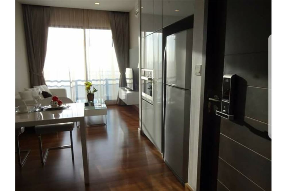 RE/MAX Executive Homes Agency's Nice 1 Bedroom for Rent Ivy Ampio 5