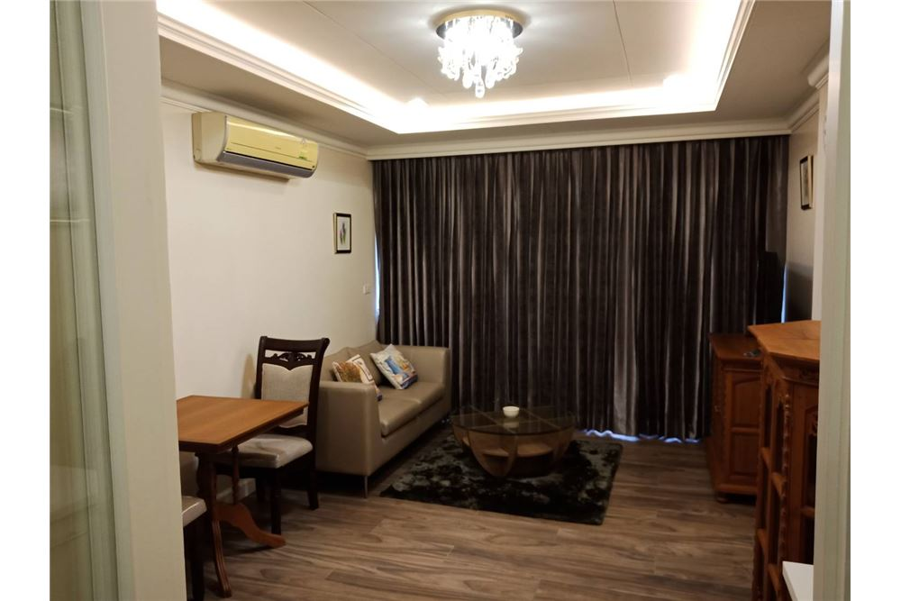 RE/MAX Executive Homes Agency's Nice 1 Bedroom for Rent Noble Ambience Sarasin 1