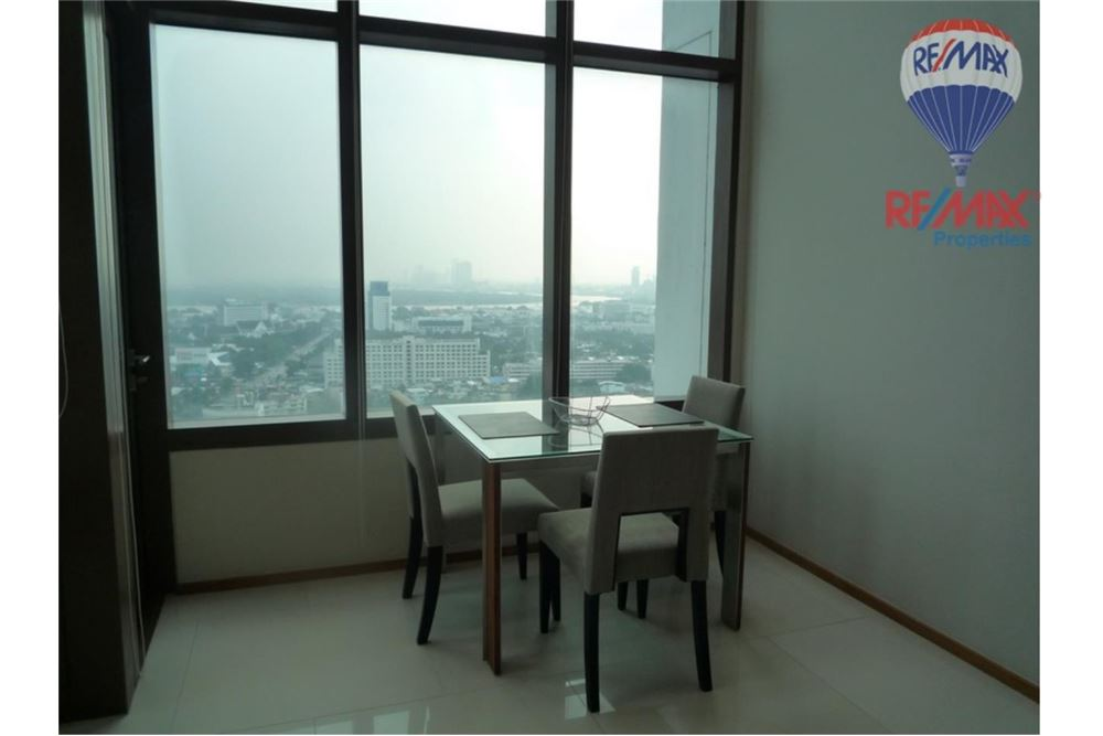 RE/MAX Properties Agency's FOR RENT The Emporio Place 1BED 83SQM 10