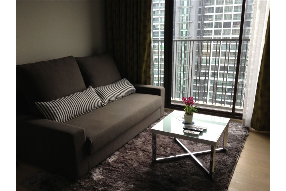 RE/MAX Executive Homes Agency's 1 Bedroom Noble Refine  Sukhumvit  26 For rent 1