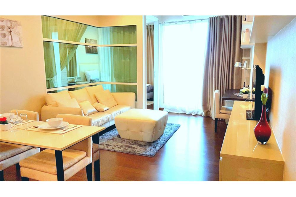 RE/MAX Executive Homes Agency's Lovely 1 Bedroom for Sale with Tenant Ivy Thonglor 1