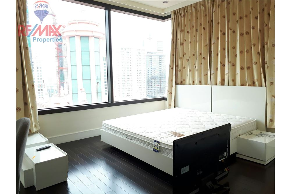 RE/MAX Properties Agency's RENT 3 Bedroom 150 Sq.m at Aguston Sukhumvit 22 1