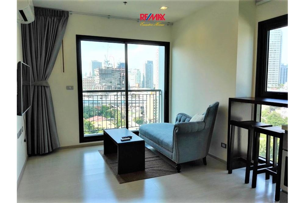 RE/MAX Executive Homes Agency's Lovely 1 Bedroom / for Rent / Rhythm 36-38 1