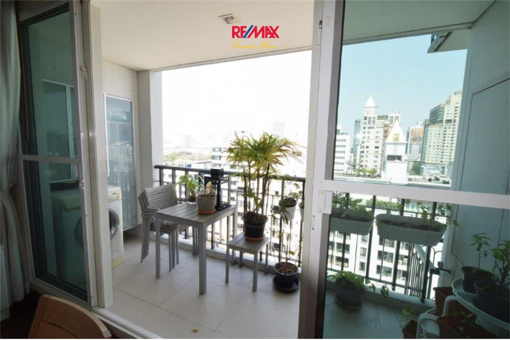 RE/MAX Executive Homes Agency's 4 BEDROOM / FOR RENT / IVY THONGLOR 5