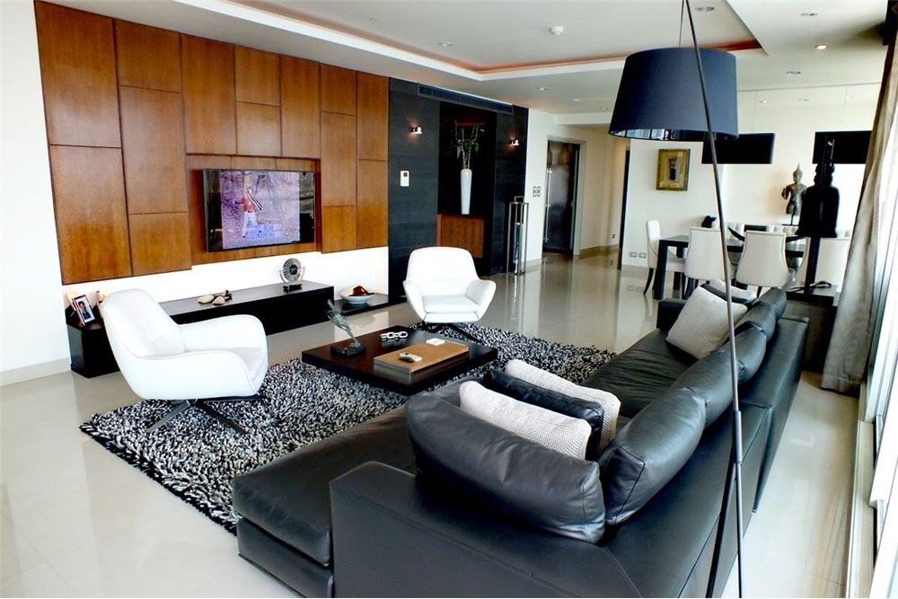 RE/MAX Properties Agency's For Sale Watermark Chaophraya | 4 bedrooms 1