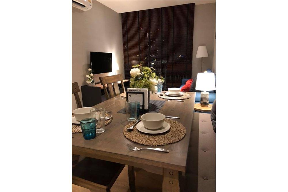 RE/MAX Properties Agency's for rent Park 24 2bedroom 10
