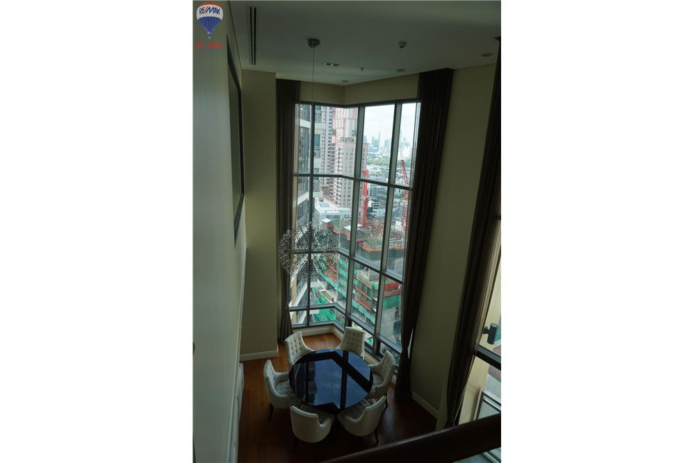 RE/MAX Properties Agency's FOR RENT  Bright Sukhumvit 24  3BED 189SQM 10