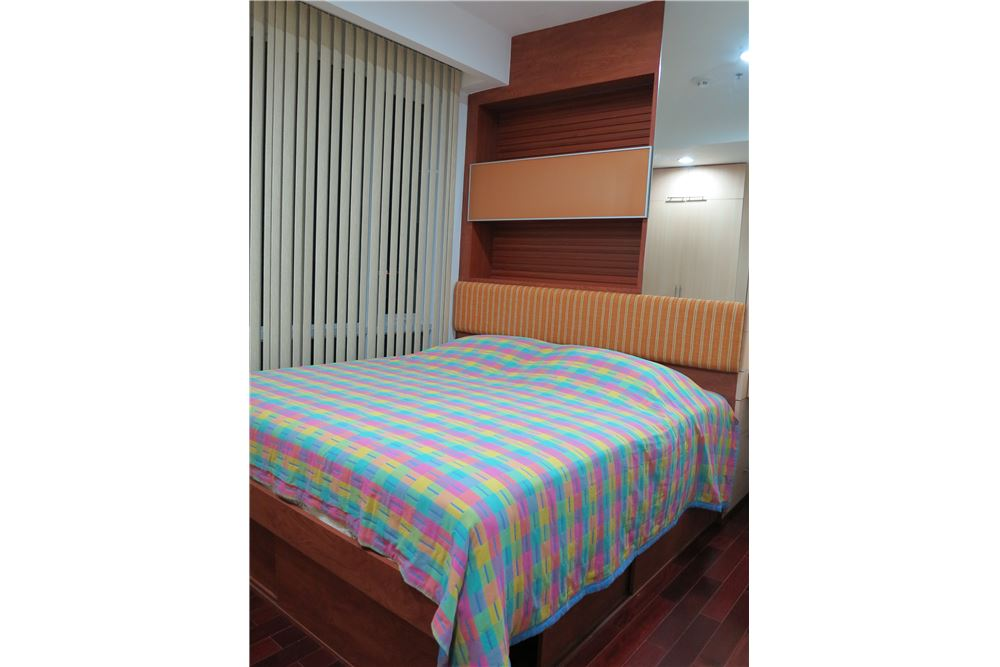 RE/MAX Executive Homes Agency's Nice 2 Bedroom for Sale Baan Rajprasong 2