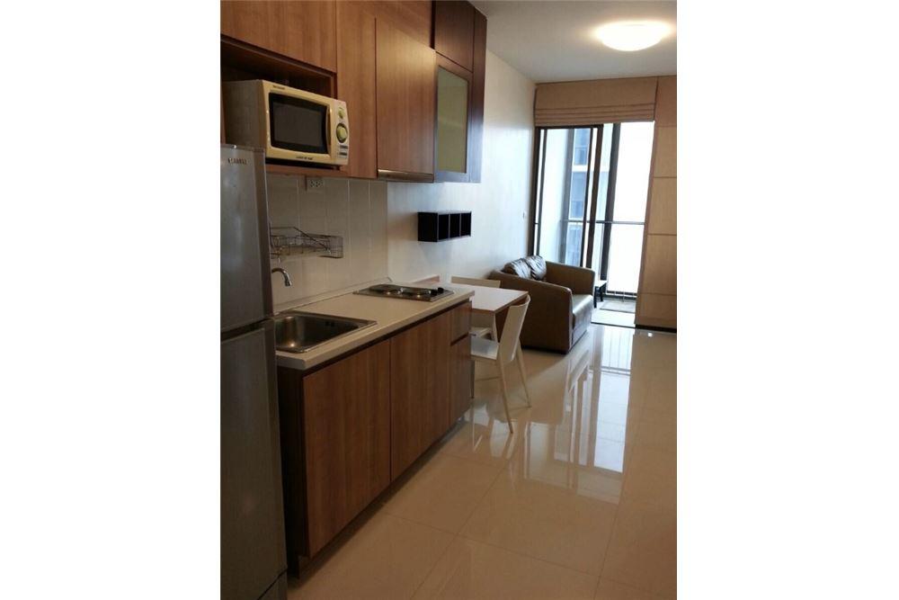 RE/MAX Properties Agency's Rent 1Bedroom @ Ideo Mix Sukhumvit 103 2