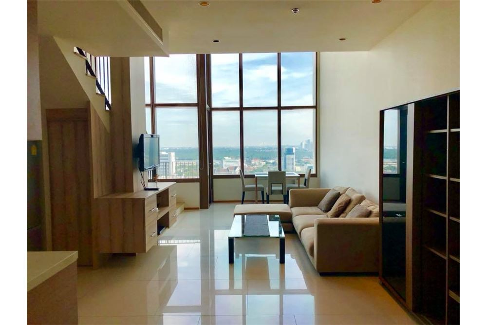 RE/MAX Properties Agency's RENT The Emporio Place Duplex 82.68SQM. 1