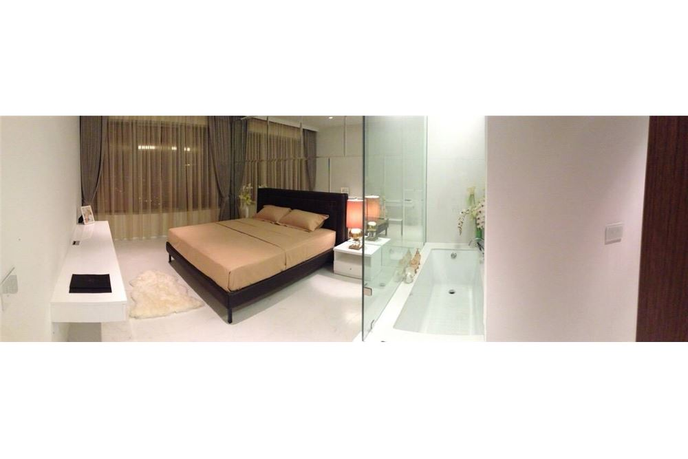 RE/MAX Properties Agency's 1 Bed for rent 80,000 at Rajadamri 2