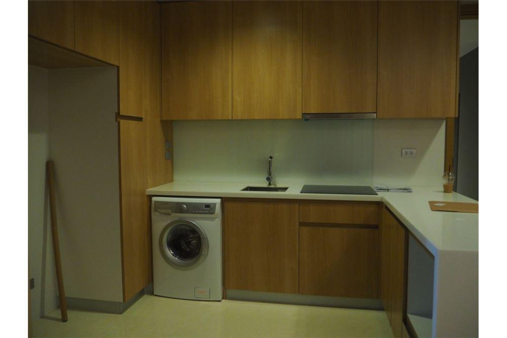 RE/MAX Properties Agency's Hyde Sukhumvit 11 2bedroom for rent 4