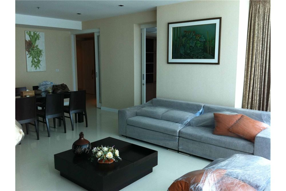 RE/MAX Executive Homes Agency's 3 Bedrooms / For Rent / Athenee Residence 2
