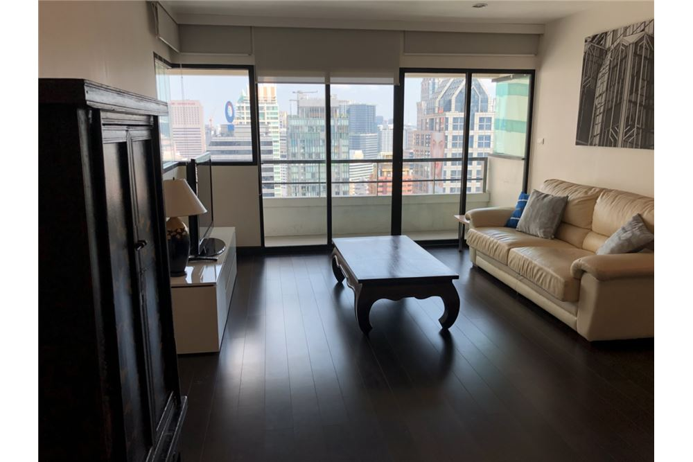 RE/MAX Executive Homes Agency's Spacious 2 Bedroom for Rent Sathorn Gardens 3