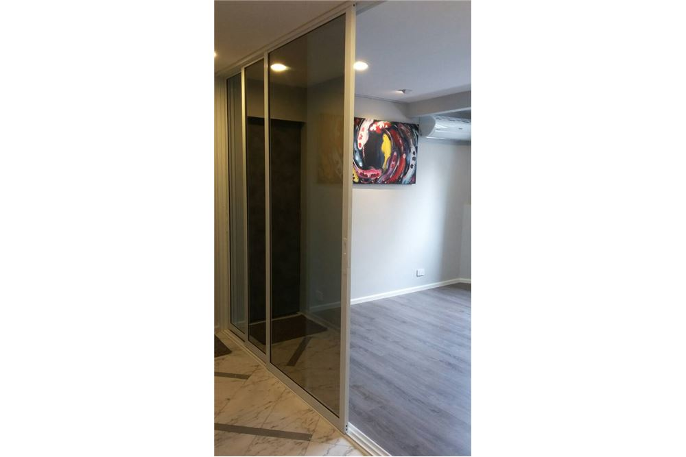 RE/MAX Properties Agency's FOR RENT  Beverly Tower Condo 2BED 75SQM 6